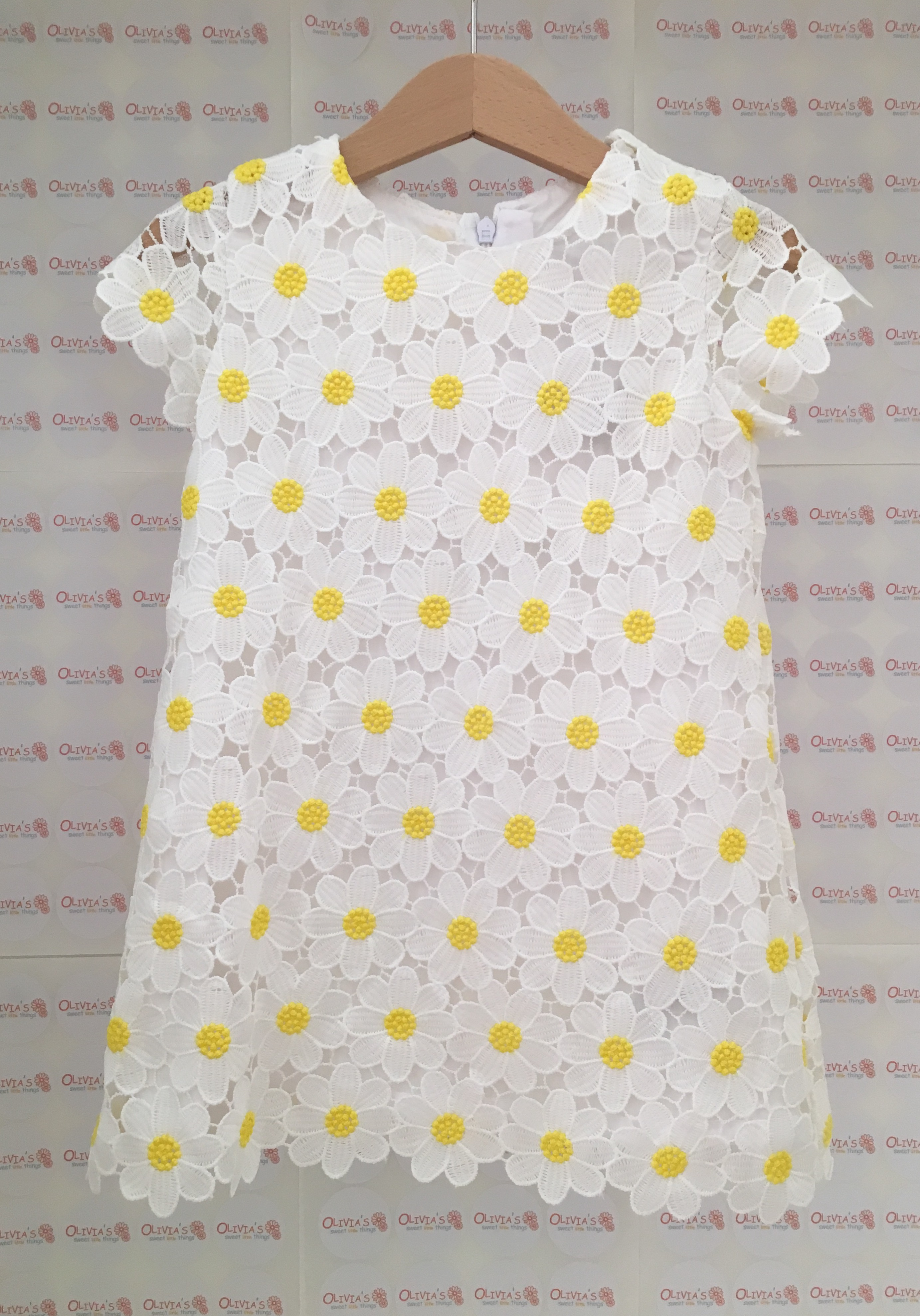 b9182e3219 Mayoral daisy lace dress